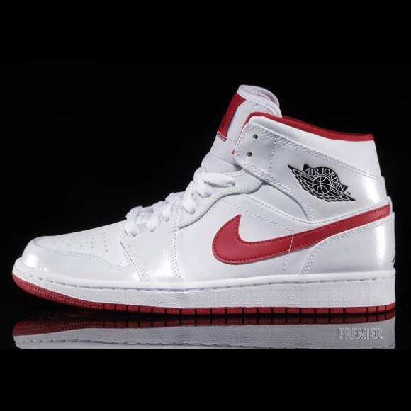 8874bf6693a8 Jordan Other - Nike AIRJORDAN white pearl and red Sz 8
